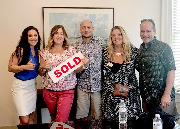 lashiew closing at florida mortgage firm